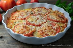 Crustless Tomato Pie is a delicious and beautiful low-carb side dish that would perfectly complement brunch, lunch, or dinner. Tomato Gravy, Tomato Pie, Veggie Soup, Vegetable Dishes, Vegetable Recipes, Kitchen Recipes, Cooking Recipes, Healthy Recipes, Pie Recipes