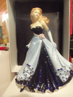 "Royal Doulton "" Best Wishes "" Bone China Figurine Pretty Ladies New 