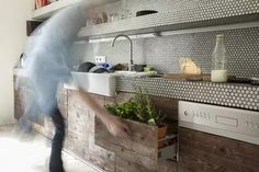 Kitchen Counter Tile, Painting Kitchen Countertops, Tile Counters, Soapstone Kitchen, Outdoor Kitchen Countertops, Bathroom Countertops, Countertop Materials, Concrete Countertops, Kitchen Worktops