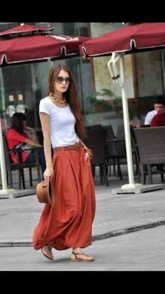 I love Maxi skirts with pockets