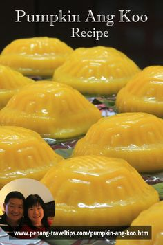 Pumpkin Ang Koo is a delicious Chinese delicacy that is eaten in Penang during celebratory occasions. Asian Snacks, Asian Desserts, Chinese Desserts, Fruit Recipes, Dessert Recipes, Malaysian Dessert, Indonesian Desserts, Malay Food, Steam Recipes