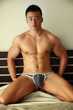 Asian men are beautiful. Please know the charm of Asian men. The touch of the body odor skin is best,too. Cheers to the Asian youth ! Hot Asian Men, Asian Boys, Boy Models, Male Models, Asian Male Model, Asian Models, Love My Man, Hairy Men, Male Body