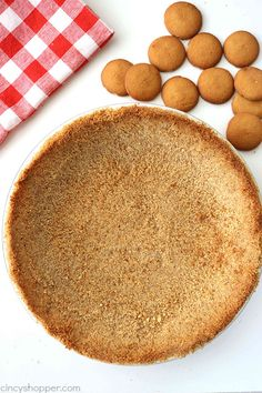 Homemade Nilla Wafer Pie Crust- perfect start for so many of your favorite pie fillings. So easy to make! Homemade Pie Crusts, Homemade Cheesecake, Vanilla Wafer Crust, Tasty Bites, Pie Dessert, Yummy Eats, Food Processor Recipes, Pie Fillings, Treats