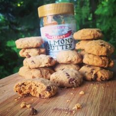 Ripped Recipes - Almond Butter Chocolate Chip Cookies - Made with coconut oil and other simple ingredients any home cook should have on hand - and they take less than 30 minutes from start to finish! (Home Made Chocolate Shake) Almond Butter Snacks, Almond Butter Cookies, Butter Chocolate Chip Cookies, Healthy Cookies, Healthy Desserts, Healthy Recipes, High Protein Recipes, Protein Snacks, Clean Eating Desserts