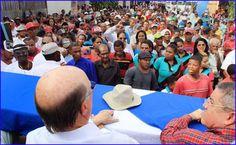 Hipolito Mejia toma juramento a dirigentes del Movimiento H16 El Seibo y Miches