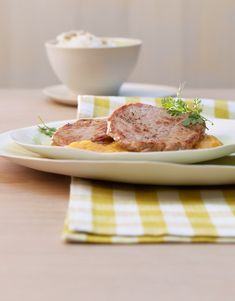 Kalbsplätzli an Aprikosensauce Valeur Nutritive, Nutrition, Steak, Beef, Food, Veal Scallopini, Meat, Cooking Oil, Fresh Fruit