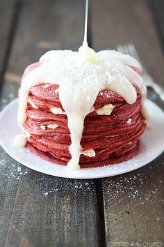 Red Velvet Cheesecake Pancakes - Creme de la Crumb