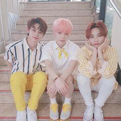 May 2019 - jeonghan's bob was a godsend. See more ideas about Seventeen, Jeonghan and Mingyu. Woozi, Mingyu, Choi Hansol, Jeonghan Seventeen, Adore U, Kpop, Pledis Entertainment, Seungkwan, Bad Boys