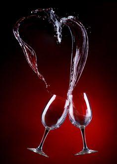 heart by Alexander Nerozya Art Du Vin, Wine And Paint Night, Wine Pics, Wine Glass, Glass Art, Les Gifs, Glass Photography, Expensive Wine, Wine Art