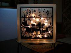 lighted glass block, made by ShirleyG from the MTC Forum, using my Inkadinkado Dashing Through the Snow file