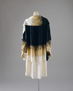 Chanel coat - circa 1927