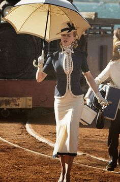 Lady Sarah Ashley - Nicole Kidman in Australia, set between 1939 and 1942 Nicole Kidman, 1930s Fashion, Retro Fashion, Vintage Fashion, Retro Mode, Vintage Mode, Retro Vintage, Vintage Outfits, Vintage Dresses