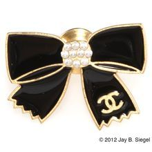 CHANEL Black Enamel & Pearl Bow Tac or Lapel Pin Brooch