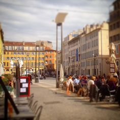 #Marseille #marseilleinlove #marseillerebelle #choosemarseille #igersfrance #igersmarseille #sun #blue #vintage #cityscape #instacity #instagood #iphone #iphonegraphy #sud #mer #colors by geraudemain