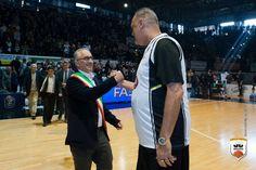 """Il sindaco Marino zittisce le voci e scrive a Lotti: """"La Juve deve restare in A1"""" a cura di Enzo Santoro - http://www.vivicasagiove.it/notizie/sindaco-marino-zittisce-le-voci-scrive-lotti-la-juve-deve-restare-a1/"""