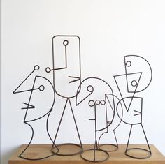 Barcelona Artist Diego Cabezas Brings Line Drawings to Life Line Sculpture, Wire Art Sculpture, Sculptures Sur Fil, Wire Wall Art, Driftwood Art, Art Graphique, Recycled Art, Line Drawing, Metal Art