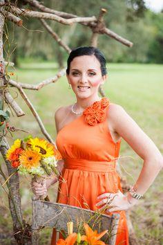 Bridesmaid at orange themed wedding, im doing an orange theme.