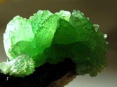 Anapaíte apple green crystals over Limonite / Zheleznyi Rog, Taman Peninsula, Russia