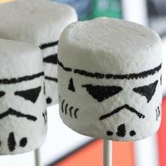 Stormtrooper-marshmallow-pop-diy