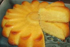– Page 2 – La Francozone Lemon Desserts, Dessert Recipes, Desserts Citron, Thermomix Desserts, Yummy Drinks, Love Food, Sweet Recipes, Sweet Tooth, Food And Drink