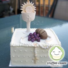 Stuffed Cakes: First Communion Cake