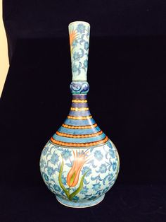 İsmail yiğit Glazed Tiles, Tile Art, Paint Designs, Porcelain Tile, Ottomans, Islamic Art, Wood Art, Glass Art, Polymer Clay