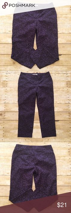 Purple/black floral print LOFT capris, 6 petite Very good used condition LOFT capris in a size 6 petite. The print on these is amazing! Very unique and unlike most LOFT. Very comfortable, stretchy. Waist- approximately 14.5 inches, rise- approximately 8.5 inches, inseam- approximately 22.5 inches. LOFT Pants Capris