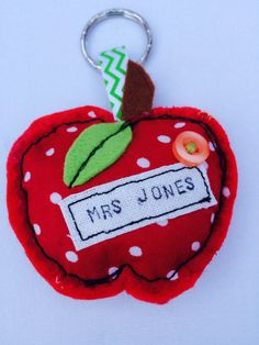 Want something a little different for your favourite teacher? Why not try one of these personlised apple keyrings. Made from felt and spotted fabric