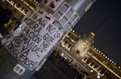 MEXICODF05NOVIEMBRE2014   se realizo una megamarcha convocada por los padres yfamiliares de los 43 normalistas desaparecidos de la Escuela Normal Isidro Burgos de Ayotzinapa; apoyada en su mayoria por estudiantes de la UNAM, IPN, UACM, UAM, familias y sociedad en general, mostrando en esta 3ra jornada una mayor convocatoria que las manifestaciones pasadas. Sin embargo, el Gobierno Federal a pesar de haber realizado la detencion de los autores intelectuales de la desaparicion de los…