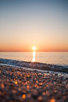 Blue sky, sunset, waterfront, and bokeh.just a few of my favorite things… Bokeh Photography, World Photography, Landscape Photography, Beach Sunset Photography, Travel Photography, Wedding Photography, Sunday Inspiration, Business Inspiration, Places