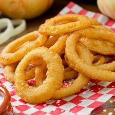 Onion rings (beignets d'oignons) au four – Yahphey Porter Homemade Onion Rings, Baked Onion Rings, Onion Rings Recipe, Vegetable Dishes, Vegetable Recipes, Tapas, Cooking Venison Steaks, Baked Onions, Great Recipes