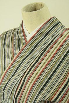 Multiple color komon / パティ地 多色の粋な縞柄 化繊小紋  #Kimono #Japan http://global.rakuten.com/en/store/aiyama/