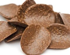 Croquants aux 3 chocolats et pétales de maïs : http://www.fourchette-et-bikini.fr/recettes/recettes-minceur/croquants-aux-3-chocolats-et-ptales-de-mas.html