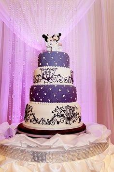 Disney theme wedding cake! I love it!