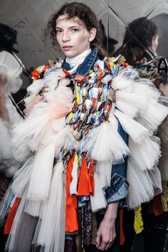 nice Backstage: Viktor & Rolf haute couture fall-winter runway show Ritual garment inspirational images Quirky Fashion, Fashion Art, Fashion Show, Fashion Design, Couture Fashion, Runway Fashion, Estilo Kitsch, Victor And Rolf, Image Mode