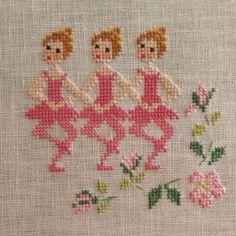 Chrochet, Stitching, Cross Stitch, Embroidery, Small Cross Stitch, Cross Stitch Borders, Baby Cross Stitch Patterns, Embroidery Stitches, Hand Embroidery
