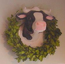 Cow kitchen decor - use the white cow head
