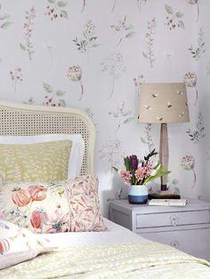 Bedroom Decor, Decor, Simple Bedroom, Bedroom Colors, Interior Design, Beautiful Interior Design, Bedroom, Interior, Bedroom Color Schemes