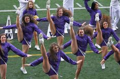 University of Washington cheerleaders' team leg Dance Team Pictures, Cheer Picture Poses, Cheer Pictures, Dance Team Uniforms, Dance Team Shirts, College Cheer, College Girls, College Football, Dance Team Photography
