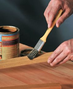 (Foto: casa.abril.com.br) Divider, Tools, Diy, Home, Ideas, Room Divider Walls, Kitchenettes, Wood Scraps, Handmade Home Decor