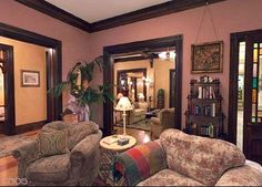 Charmed Halliwell Manor parlor 4