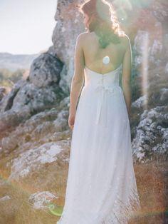 2015 @aureliahoang - Robe de mariée bustier taille haute en crêpe de ...