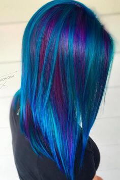 Beautiful Dark Blue and Dark Purple Hair Color ❤ Purple and blue hair hair styles are all the rage, especially now when the hot season is approaching and we wish to experiment with the hair color. Hair Color Purple, Cool Hair Color, Dark Purple, Hair Colours, Purple Tips, Light Blue, Peacock Hair Color, Bright Hair Colors, Elumen Hair Color