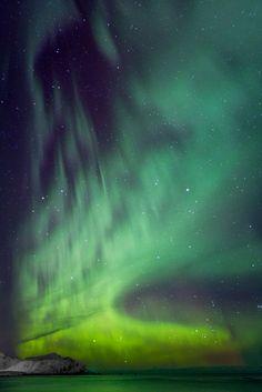 Aurora gone wild by Johny Goerend on 500px