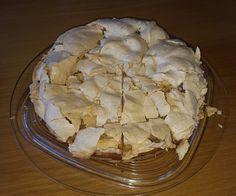 Apfel-Baiser Torte von Heike, ein leckeres Rezept aus der Kategorie Kuchen. Bewertungen: 3. Durchschnitt: Ø 4,0.