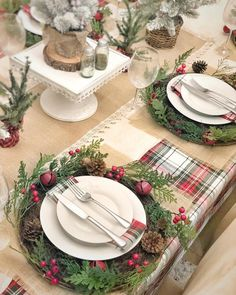 Such a pretty farmhouse Christmas table setting Christmas Dining Table, Christmas Table Settings, Christmas Tablescapes, Christmas Table Decorations, Holiday Tables, Decoration Table, Christmas Candles, Tree Decorations, Fall Table