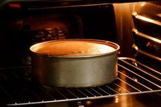 7 principais erros que cometemos ao fazer bolo e como acertar Cheesecakes, Cake Pops, Food And Drink, Low Carb, Banana, Tableware, Ethnic Recipes, Kitchen, Club