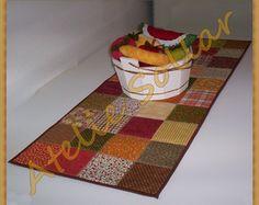 Caminho ou trilho de mesa em patchwork