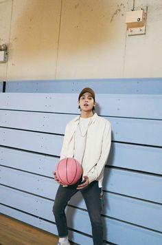 jung jaewon - one Lee Donghae, Jaewon One, First Rapper, Jung Jaewon, Cho Chang, Living Under A Rock, E Dawn, Korean Artist, My One And Only