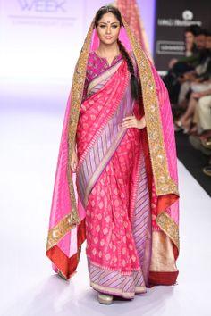 Gaurang Shah sari. Lakme Fashion Week 2014 so traditionally beautiful!
